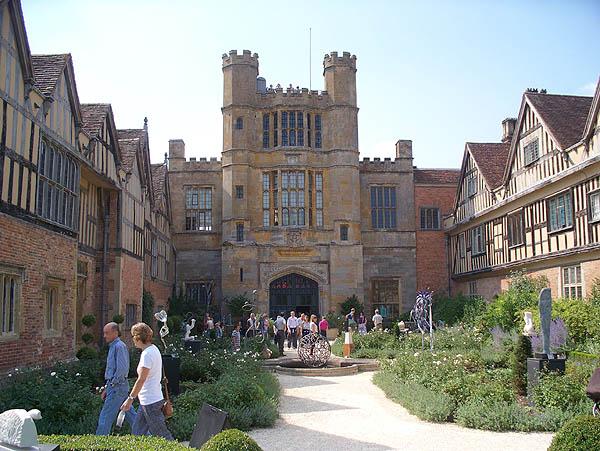 Coughton courtyard