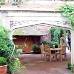 Tudor Garden with arches