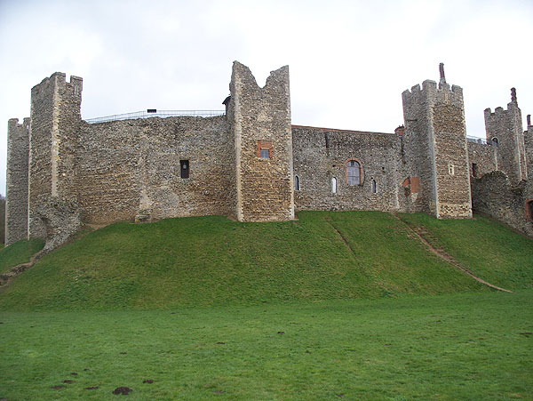 Castle wall, exterior