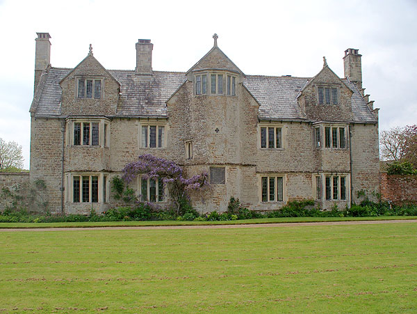 East Front, Cadhay