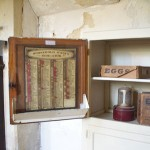 Kitchen cabinet with list