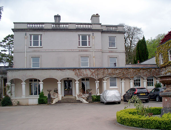 Thorn house front